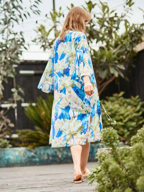 472803_wsj4728-ultra-marine-blue-sabbina-organic-cotton-floral-print-duster-womens-jacket-2 – Αντιγραφή