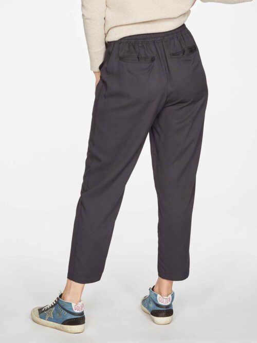 WSB4612-BLACK–Katie-Bamboo-Drawstring-Tailored-Trousers-in-Black-2
