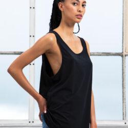 ΓΥΝΑΙΚΕΙΟ_ΜΠΛΟΥΖΑ_black_women_tshirt_loose fit_ΜΕ ΤΙΡΑΝΤΑ
